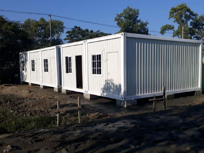 container labor houses